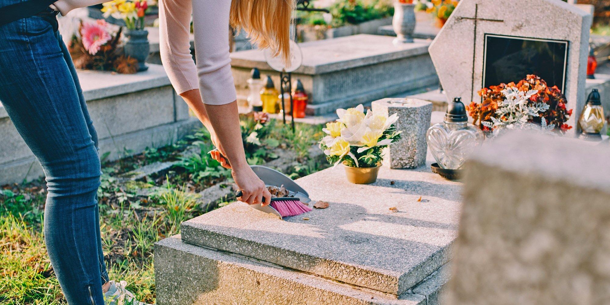 уборка могил на кладбище цена